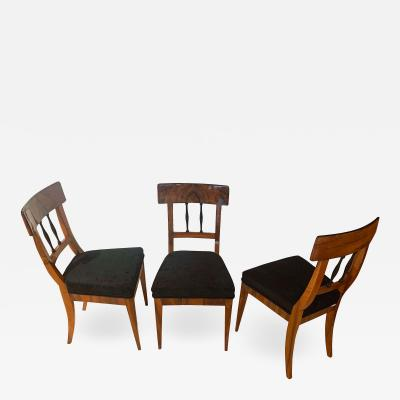 Set of Three Biedermeier Chairs Walnut Veneer South Germany ca 1820