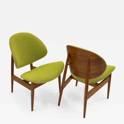 Seymour James Weiner Mid Century Modern Kodawood Clam Shell Chairs by Seymour James Weiner 1950s