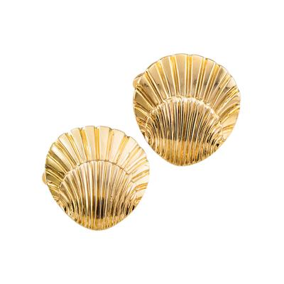 Shell Shaped Gold Cuff Links Circa 1950