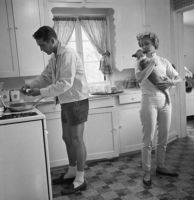 Sid Avery Paul Newman and Joanne Woodward in the Kitchen of their Beverly Hills Home