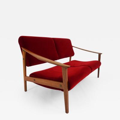 Small Italian Sofa from the 60s