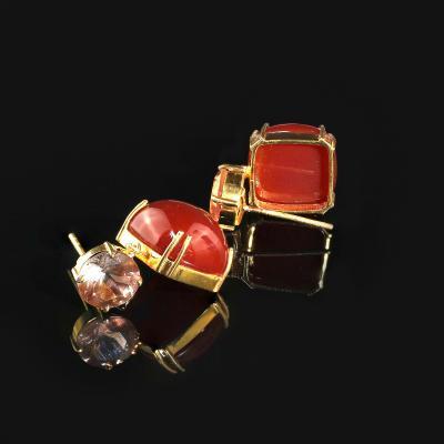 Sophisticated Stylish Gemjunky Earrings of Carnelian and Sunstone