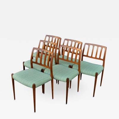 Spectacular Sculptural Set of 6 Model 83 Moller Chairs in Celery Tweed