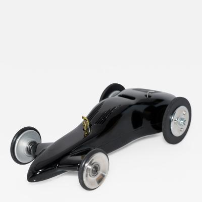 Streamlined Miniature Race Car
