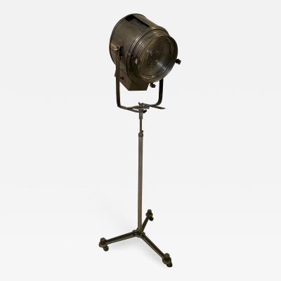 Studio Cremer Spot Light