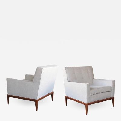 TH Robsjohn Gibbings A timeless pair of American modernist 1950s club chairs