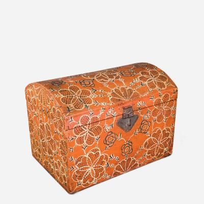 THE COMPASS DECORATOR Large size painted and decorated dome top storage box