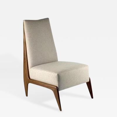 The Frederique Slipper Chair
