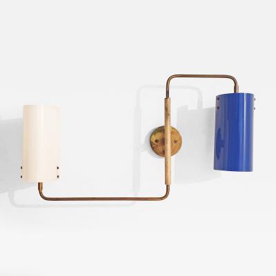 Tito Agnoli Tito Agnoli Adjustable Wall Lamp in Brass and Plexiglas for Oluce Italy 1950s