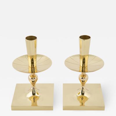 Tommi Parzinger Tommi Parzinger Pair of Elegant Candelabra in Polished Brass 1950s Signed