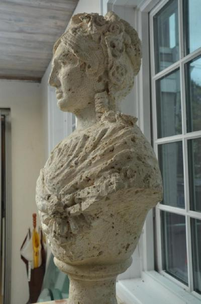 Unique Pair of Carved Coral Busts of Aristocratic Women