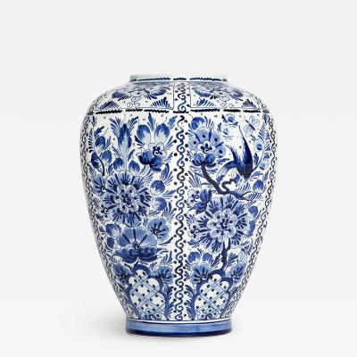 Vase DELFT hand made and painted