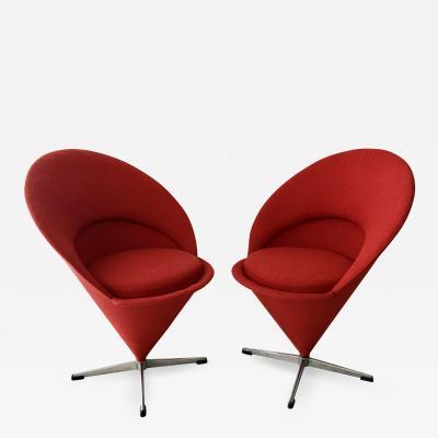 Verner Panton Pair of Verner Panton Cone Chairs