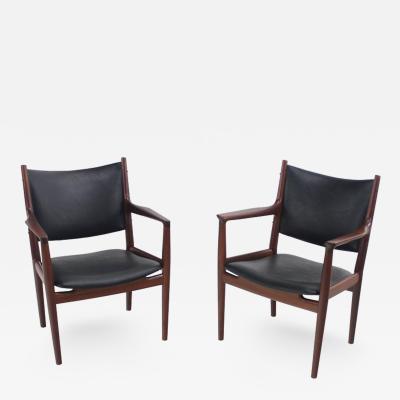 Very Rare Pair of Danish Modern Armchairs Designed by Hans Wegner