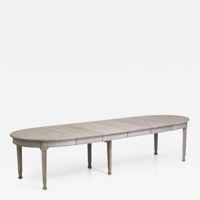 Very fine Gustavian style extension table late 19th Century