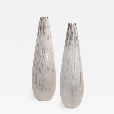 Vicke Lindstrand Vicke Lindstrand Ceramic Vases