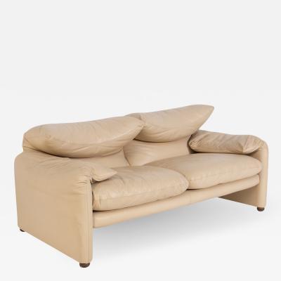 Vico Magistretti Italian Sofa in Leather by Vico Magistretti for Cassina First Edition