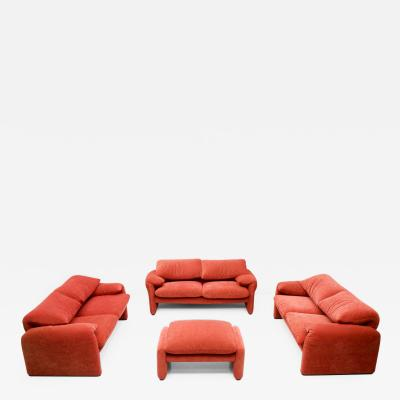Vico Magistretti Vico Magistretti Living Room Set Maralunga Sofa and Stool Cassina Italy 1973