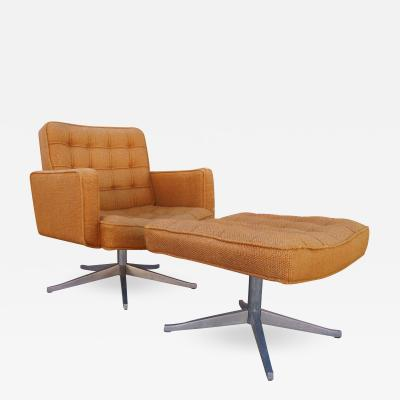 Vincent Cafiero Executive Swivel Chair and Ottoman by Vincent Cafiero for Knoll