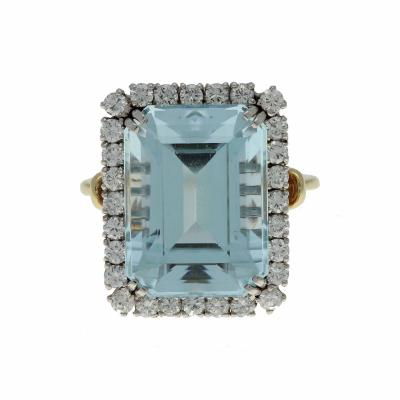 Vintage 14K White Yellow Gold Aquamarine and Diamond Ring