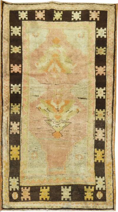 Vintage Oushak Throw Rug rug no 31269