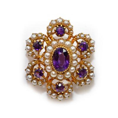 Vioctorian Amethysts Brooch with Natural Pearls 15Ct Mounting