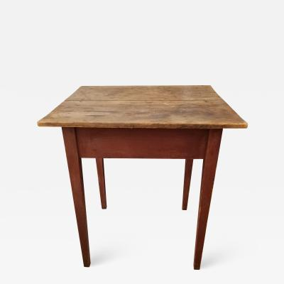 Virginia table with an unpainted top