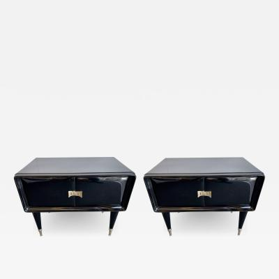 Vittorio Dassi Pair of Lacquered and Brass Nightstands by Vittorio Dassi Italy 1950s