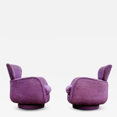 Vladimir Kagan Pair of Valdimir Kagan for Directional Large Swivel Lounge Chairs