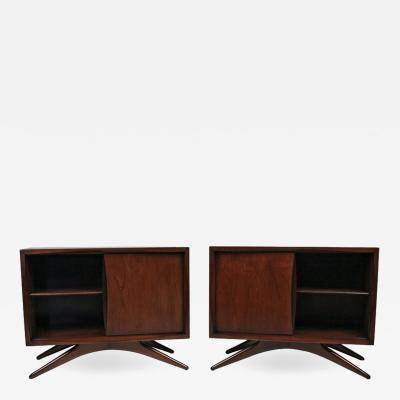 Vladimir Kagan Vladimir Kagan for Grosfeld House Sculptural Walnut Nightstands 1950s