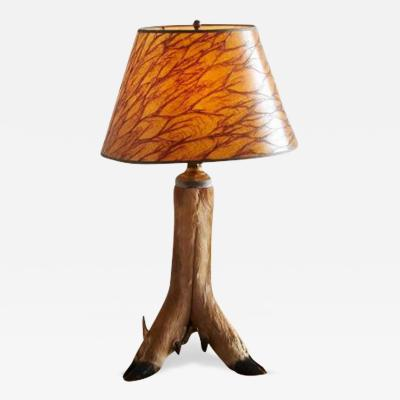 Whitetail Deer Hoof Taxidermy Table Lamp circa 1940s