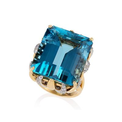 William Ruser Ruser Mid 20th Century Aquamarine Diamond Gold and Platinum Ring