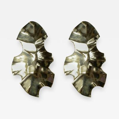 Willy Daro Pair of Bronze Sculptural Sconces by Willy Daro