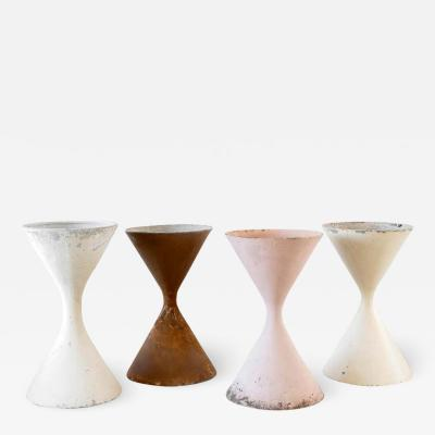 Willy Guhl LARGE WILLY GUHL HOURGLASS PLANTER