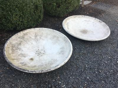Willy Guhl Pair of Large Willy Guhl Saucer Planters
