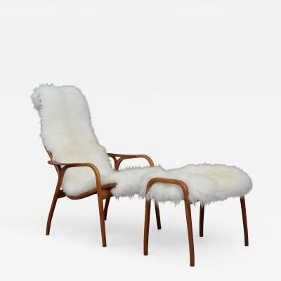 Yngve Ekstr m Yngve Ekstr m sheepskin lounge chair with footstool