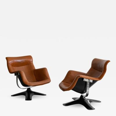 Yrjo Kukkapuro PAIR OF LEATHER SWIVEL CHAIRS BY YRJO KUKKAPURO