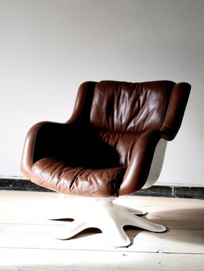 Yrjo Kukkapuro Swivel Tilt Lounge Chair by Yrj Kukkapuro for Haimi Finland 1960s