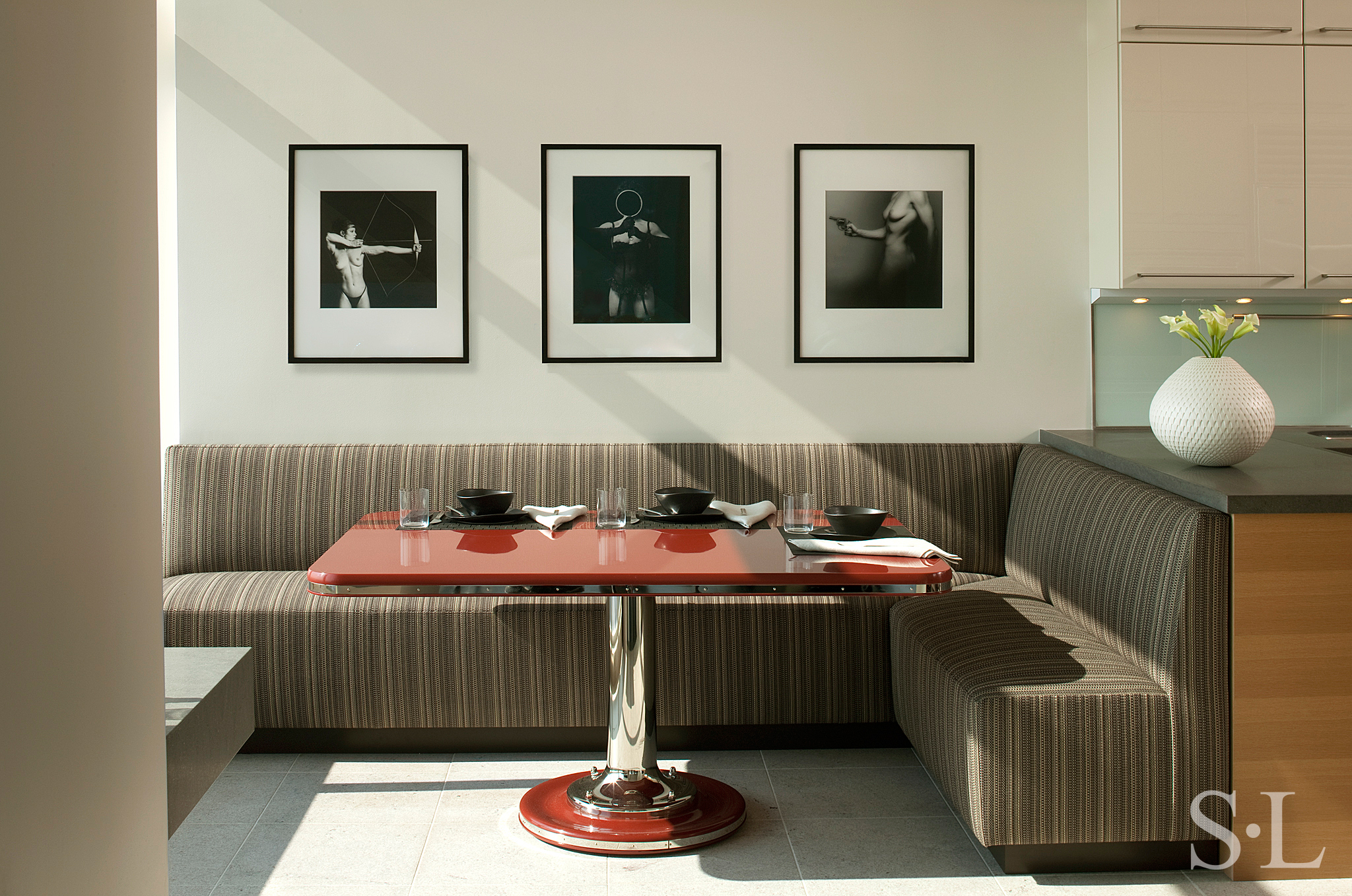 Manhattan pied terre by suzanne lovell inc for Pied a terre manhattan