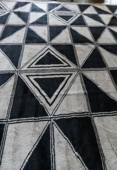 Adesso Studio Moroccan Rug with Geometric Triangles - 1107409
