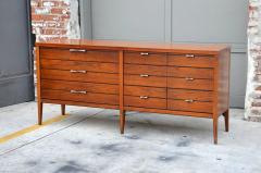 Altavista Lane Pristine Polished Walnut Dresser by Lane - 874888