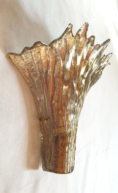 Barovier Toso Pair of Mid Century Modern leaf gold Murano glass sconces attr to Barovier 1970s - 1135051