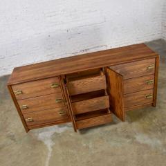 Bassett Furniture Bassett modern credenza buffet dresser in medium tone finish - 1938953