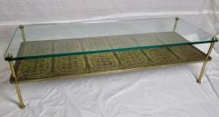 Beacon Hill Midcentury Brass Cast Bronze Plaques and Glass Coffee Table Beacon Hill 1960s - 572427