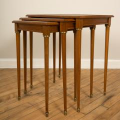 COMTE A nest of three mahogany tables attributed to Comte Circa 1940 - 2107589