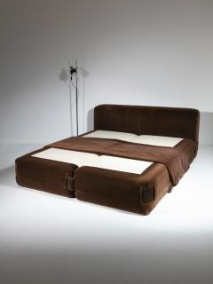 Cassina 932 Double Bed by Mario Bellini for Cassina - 1255822