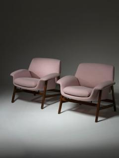 Cassina Pair of Armchairs by Gianfranco Frattini for Cassina - 1392790