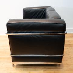 Cassina Vintage Le Corbusier LC2 Petit Modele Two Seat Sofa by Cassina Black Leather - 1038626