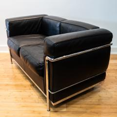 Cassina Vintage Le Corbusier LC2 Petit Modele Two Seat Sofa by Cassina Black Leather - 1038628