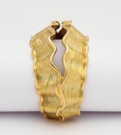 Chanel Chanel Chanel Vintage 18 kt Gold Cuff - 501765